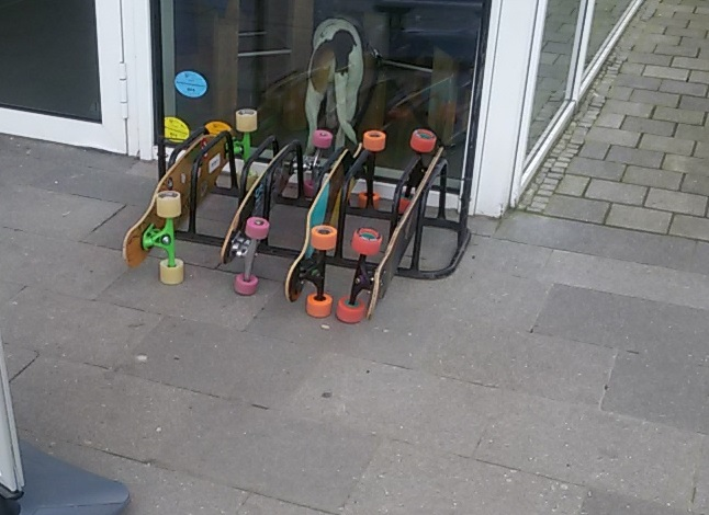 Long- und Skateboardabstellanlage