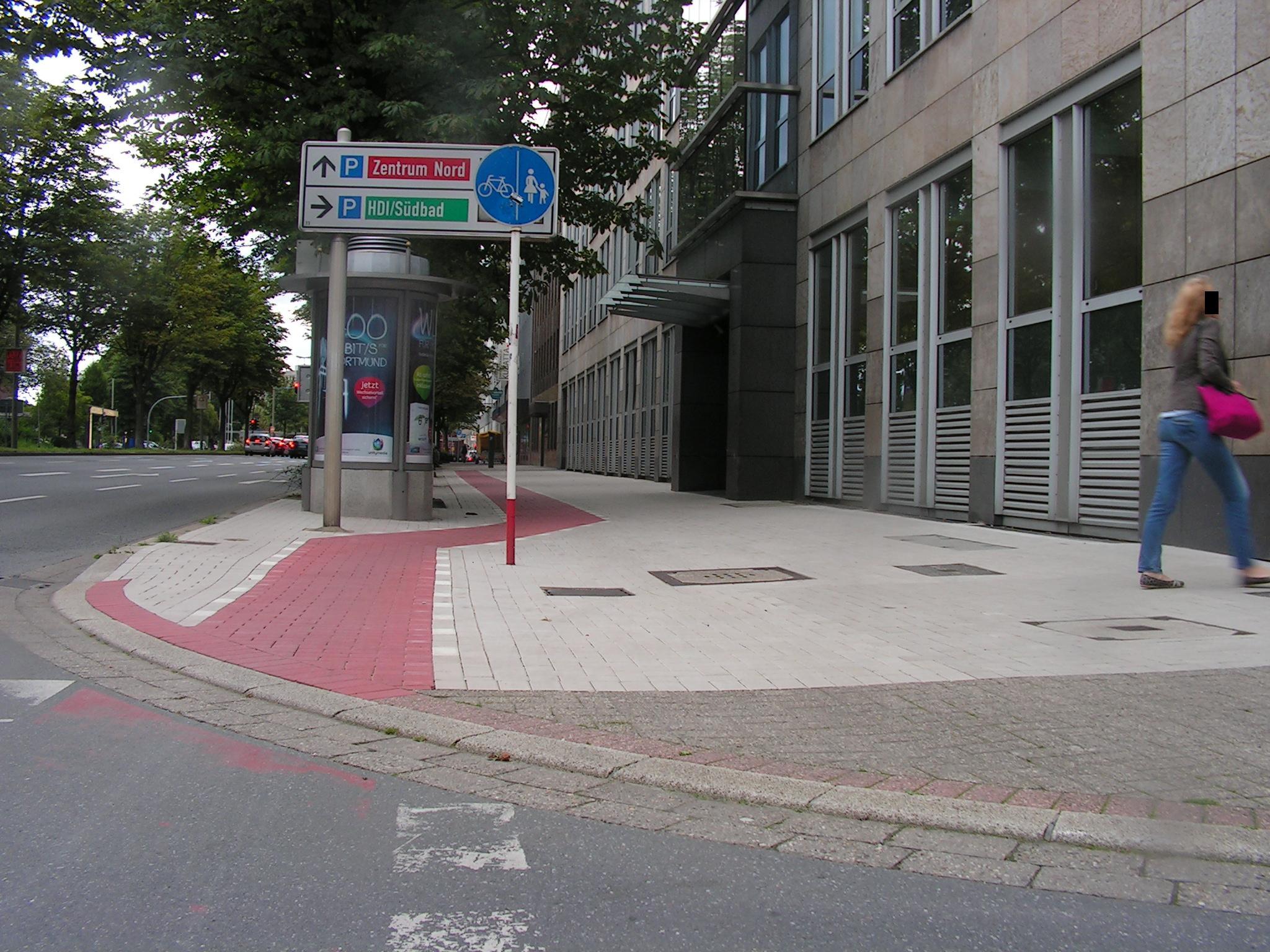 Originalgetreu restaurierter historischer Radweg am Südwall. (Foto: Peter Maier)